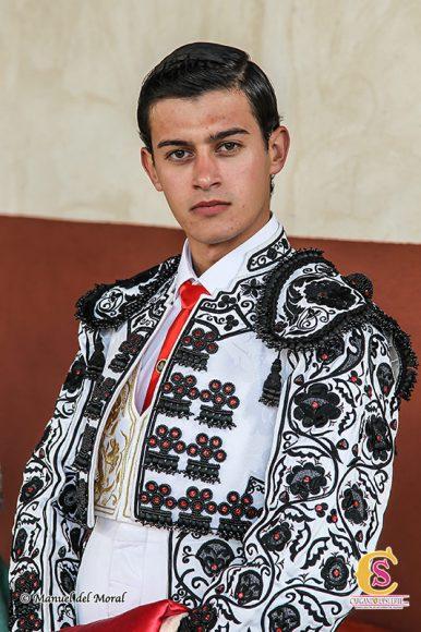 Carlos-Aranda-busto-web